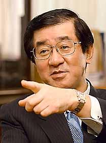 Yuusuke Okada